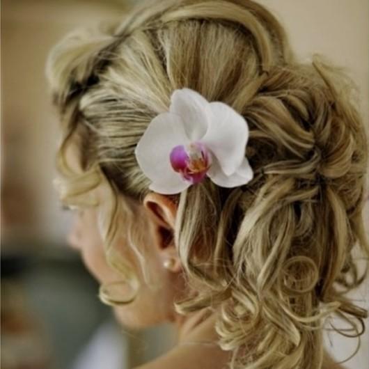 Orchidée, Coiffure de mariée