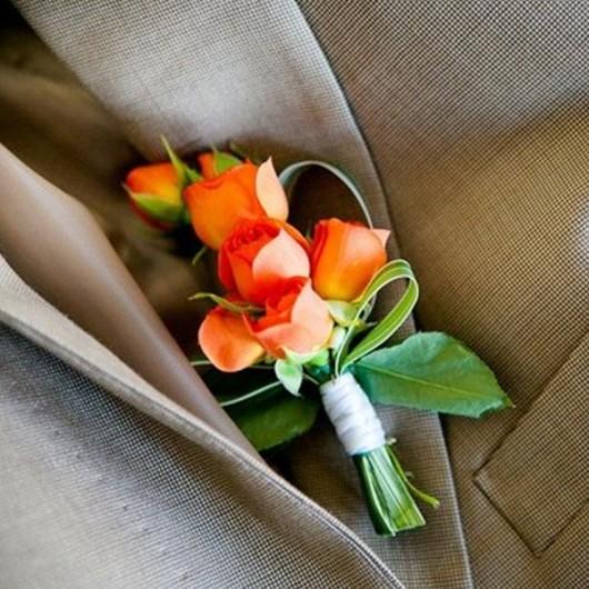 Orange : boutonnière de marié